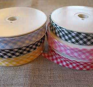 polycotton 16mm gingham pattern bias binding in a variety of colours