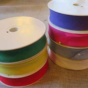 100% cotton 25mm bias binding tape in a variety of colours