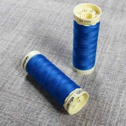 Gutermann Sew All Thread Col. 322 (Royal Blue)