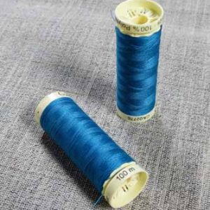 Gutermann Sew All Thread Col. 483 (Mid Turquoise)