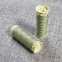 Gutermann Sew All Thread Col. 282 (Pale Khaki)