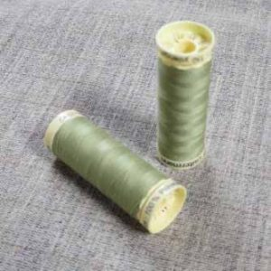 Gutermann Sew All Thread Col. 282 (Pale Khaki)
