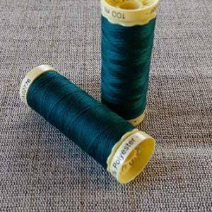 Gutermann Sew All Thread Col. 870 (Dark Green)