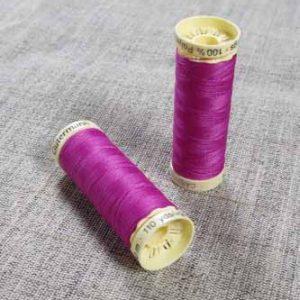 Gutermann Sew All Thread Col. 321 (Fuschia)