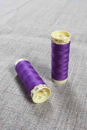 Gutermann Sew All Thread Col. 571 (Purple)