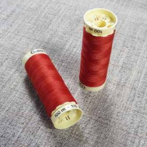 Gutermann Sew All Thread Col. 589 (Red)