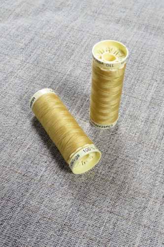 Gutermann Sew All Thread Col. 488 (Gold)