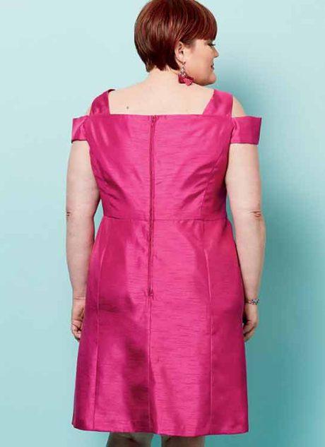 B6558 Misses'/ Woman's Dress