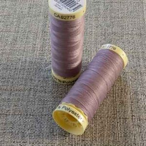 Gutermann Sew All Thread Col. 125 (dusky lavendar)