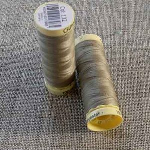 Gutermann Sew All Thread Col. 132 (Taupe)