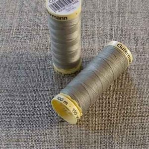 Gutermann Sew All Thread Col. 261 (grey)