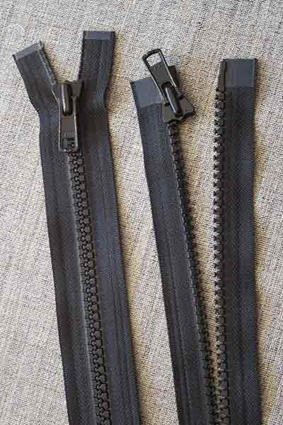 Heavy-duty open-ended plastic zip