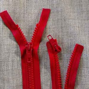 Heavy duty open-ended plastic zips (red)