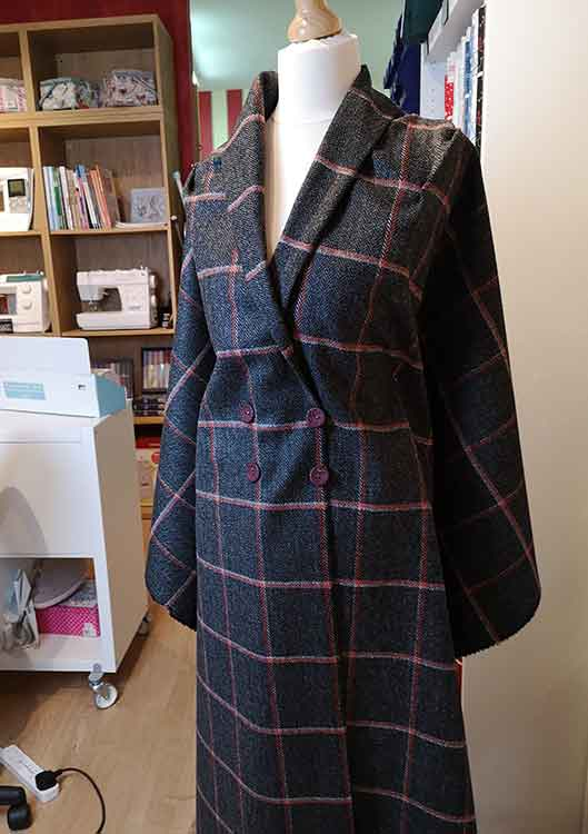 Charcoal/amber wool tweed