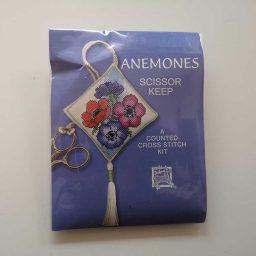 """Anemone"" scissor keep cross-stitch embroidery kit"