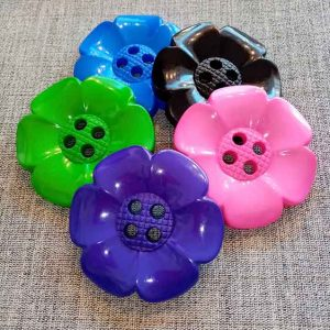 Flower Power giant buttons (60mm)