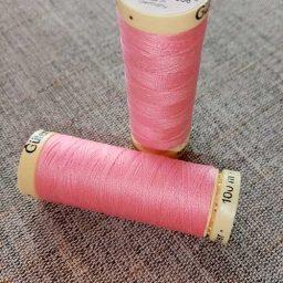 Gutermann Sew All Thread Col. 758 (pink)