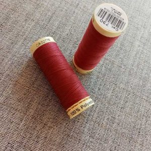Gutermann Sew All Thread Col. 364 (red)