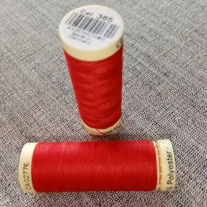 Gutermann Sew All Thread Col. 365 (red)
