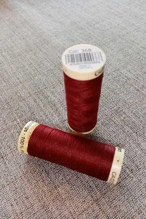 Gutermann Sew All Thread Col. 368 (red)
