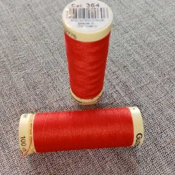 Gutermann Sew All Thread Col. 730 (red)