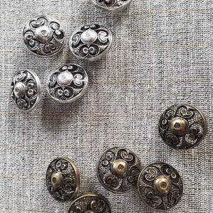Metal filigree buttons (23mm)