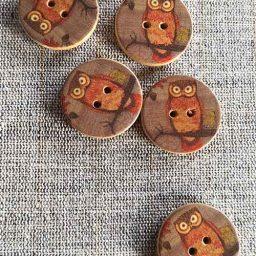 Wooden Owl buttons (25mm)