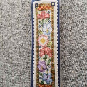 """Medieval Garden"" Bookmark Cross Stitch Embroidery Kit"