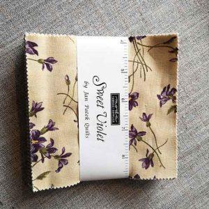 Moda Charm Pack (Sweet Violet)