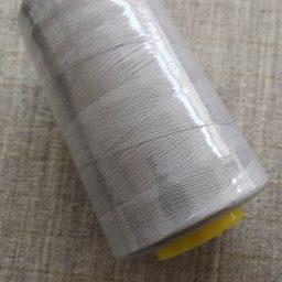 Overlocker/serger thread, 100% polyester, 5000 yds (light grey)