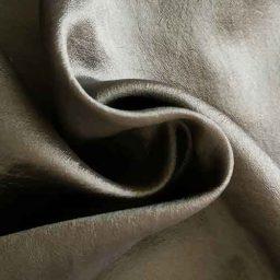 Sandwashed silk habutai, 'Amazon'