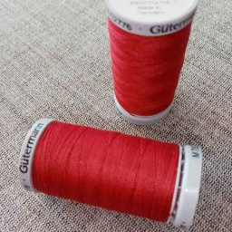 Gutermann Extra-Strong Col. 46 (red)